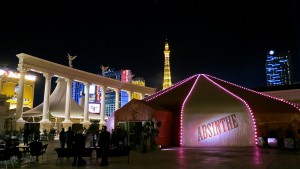 adult-show-absinthe-in-vegas